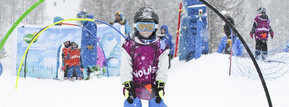 Les enfants à l'école de ski buissonnière de serre chevalier
